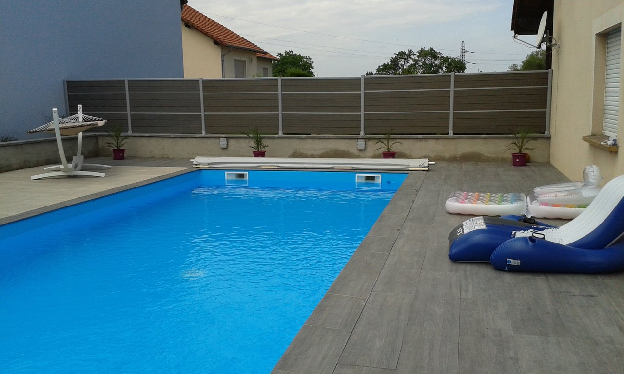Amenagement tour de piscine montpellier 3319 for Piscine montpellier